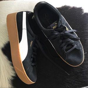 NWOT : Puma Sneaker